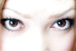あなたもまなざし美人に!透明感のあるキラキラ瞳のつくり方